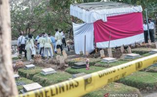 Kuburan Linda Novida Sari Dibongkar, Jasad Mahasiswi Unram Itu Akhirnya Diautopsi - JPNN.com