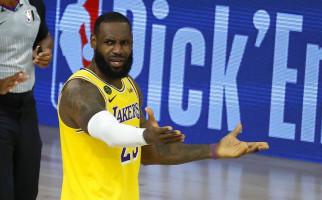 Trump Tak Mau Tonton NBA, Jawaban LeBron James Menohok Banget - JPNN.com