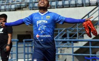 Beckham Berhalangan Hadir di Latihan Perdana Persib Bandung - JPNN.com