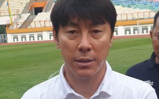 Shin Tae Yong Minta Elkan Baggott Meningkatkan Lagi Kemampuannya - JPNN.com