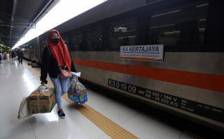 Jumlah Penumpang Melonjak, Daop 1 Jakarta Tambah Perjalanan Kereta Api - JPNN.com