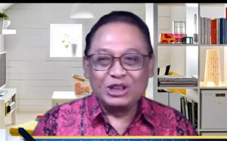 Sindir Jokowi, Epidemiolog UI: Suruh Masyarakat Pakai Masker, Diri Sendiri Enggak - JPNN.com