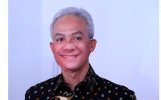 Pak Ganjar Minta Warga Jateng Patuh Imbauan Anies Baswedan saat PSBB Jakarta - JPNN.com