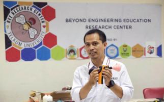 Penemuan Alat Deteksi Alkohol Terintegrasi dengan Internet, Binaan Program SII - JPNN.com