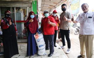 Alhamdulillah, Warga Purwakarta Sudah Terima Bansos Beras Tahap I - JPNN.com