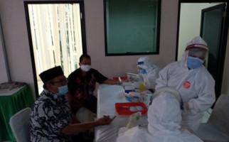 COVID-19 Makin Liar, 55 Anggota DPRD Banten Langsung Rapid Test - JPNN.com
