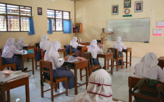 Simulasi Pembelajaran Tatap Muka di 7 Sekolah sudah Selesai, Ganjar Siap Evaluasi - JPNN.com