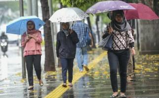 Info Penting, BMKG Minta Warga Jabodebek Waspada Siang Hingga Malam Ini - JPNN.com