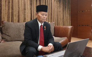 Ustaz HNW Ajak Biker Terapkan 4 Pilar di Jalanan - JPNN.com