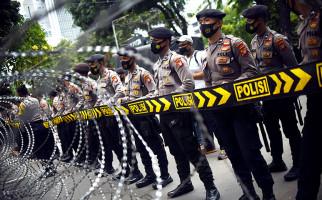 Demo Buruh di Gedung MK, Ratusan Personel Pengamanan Dikerahkan - JPNN.com