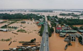 22 Tentara Hilang Saat Tanah Longsor Menerjang Barak Militer - JPNN.com