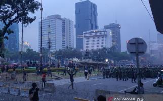 Marinir Bergerak ke Kawasan Patung Kuda, Tak Ada Tembakan Gas Air Mata - JPNN.com