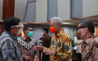 Selamat, Pak Ganjar Dapat Penghargaan dari Kemenko Perekonomian, Mengalahkan Jakarta dan Jogja - JPNN.com