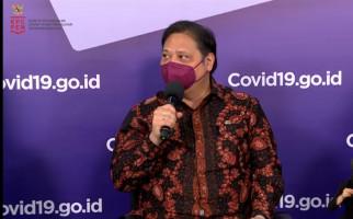 Kasus Aktif Covid-19 Turun dalam Sepekan, Airlangga Berterima Kasih kepada Masyarakat - JPNN.com