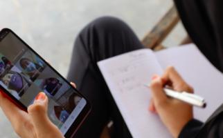 Sekolah Virtual ala Pak Ganjar Berhasil Menyelamatkan Anak Putus Sekolah di Jateng - JPNN.com