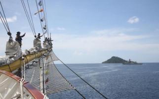 KRI Bima Suci Lanjutkan Pelayaran Etape Ke-7 - JPNN.com
