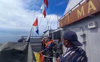 Kapal Perang TNI AL dan Angkatan Laut Filipina Sama-sama Bermanuver di Perbatasan, Ada Apa? - JPNN.com
