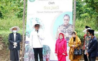 Gus Jazil Dorong Kemandirian Santri Lewat Pertanian Porang - JPNN.com