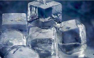 Ini 6 Manfaat Es Batu untuk Perawatan Wajah - JPNN.com