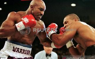Holyfield Ngotot Pengin Duel Lagi dengan Mike Tyson - JPNN.com