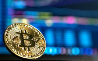 Terus Naik, Harga Bitcoin Tembus Rp800 Juta dan Ethereum Rp26 Juta - JPNN.com
