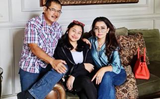 3 Berita Artis Terheboh: Anak Mayangsari Tak Mirip Bambang? Nikita Mirzani Sindir Rizieq - JPNN.com