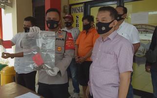 Rumah Boby Surya Digeledah Polisi, Senjata Api Rakitan Ditemukan di Dalam Kamar - JPNN.com