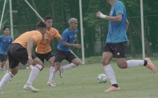 Bandingkan Metode Pelatihan Shin Tae-yong Dengan Pelatih Lokal - JPNN.com