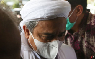 Maaf, Habib Rizieq Sulit Jadi Capres Meski Elektabilitas Mengalahkan Tiga Menteri Jokowi - JPNN.com