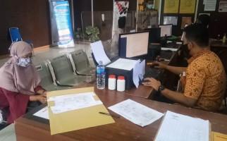 Mbak RZ Sang Driver Ojol Pulang ke Rumah, Disambut Suami Pengangguran dengan Perlakuan Kasar - JPNN.com