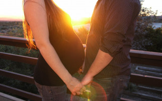 Bukan Hanya Berhubungan Intim, Ini 3 Cara Jitu Jika Anda dan Suami Ingin Cepat Punya Momongan - JPNN.com