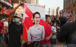 Belum Puas, Militer Myanmar Kini Tuduh Aung San Suu Kyi Korupsi - JPNN.com