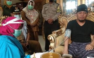 Ustaz Ujang Bustomi Enggak Bisa Kabur Lagi, Sudah Dikepung TNI dan Polri - JPNN.com