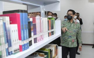 Gus Menteri Pengin Digitalisasi Arsip Kemendes PDTT - JPNN.com