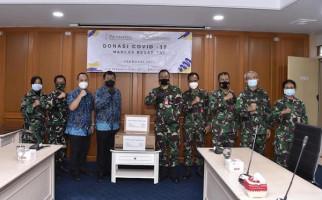 Puskes TNI Terima Donasi Material Kesehatan Covid-19 - JPNN.com