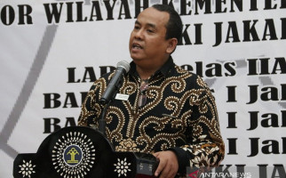 Kasus Penembakan Polisi di Kafe Cengkareng Bukti Penegakan Aturan PSBB di Jakarta Masih Lemah - JPNN.com