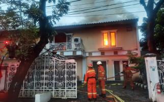 Rumah Mantan Kapolda Metro Jaya Ludes Terbakar - JPNN.com