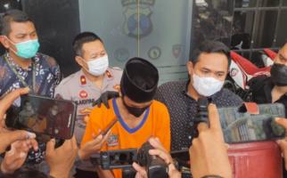 Suami Banting Tulang Cari Uang di Malaysia, Istri Cari Belaian Pria Lain, Hamil Pula - JPNN.com