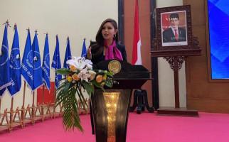 Pemimpin Partai Brexit Inggris Apresiasi Karya Politikus Indonesia Jessica N Widjaja - JPNN.com
