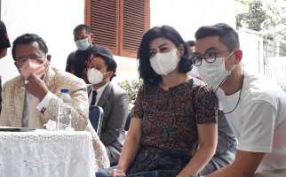 Soal Kemungkinan Ibunda Bams dan Hotma Kembali Bersatu, Hotman Bilang Begini - JPNN.com