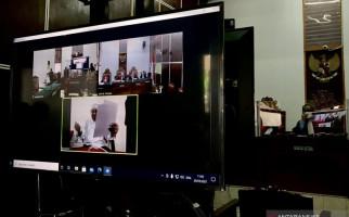 Hakim Toto: Terdakwa Gus Nur, Pelan-pelan Ngomongnya - JPNN.com