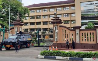 Keputusan Polisi Tembak Mati Teroris di Mabes Polri Sudah Tepat - JPNN.com
