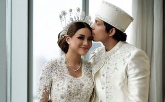 Atta dan Aurel Buka Kado Pemberian Iriana-Jokowi, Ternyata Ini Isinya - JPNN.com