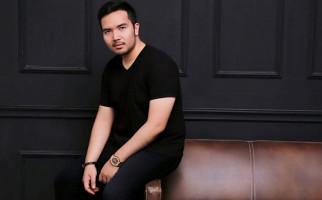 Gusanda Latova Hidupkan Kembali Lagu Jawa - JPNN.com