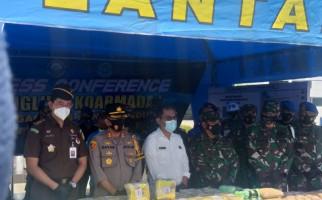 110 kg Sabu-sabu dan Ekstasi Tangkapan TNI AL Diserahkan kepada BNN - JPNN.com