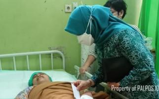 Puspa Dewi Sekarat Dianiaya Suami di Depan Anak, Jarinya Putus dan Kepala Bocor - JPNN.com