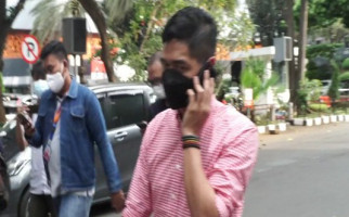 Bambang Pamungkas Muncul di Polda Metro Jaya, Ada Apa? - JPNN.com