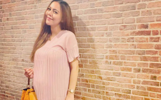 Ogah Ditemani Mantan Suami saat Persalinan, Ratu Rizky Nabila: Dia Sudah Bahagia - JPNN.com