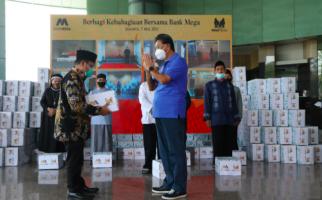Bank Mega Bagikan 20 Ribu Paket Sembako Senilai Rp2,5 Miliar - JPNN.com