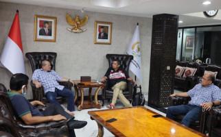 Ketua DPD RI dan Hinca Pandjaitan Bersilaturahmi Jelang Momen Idulfitri - JPNN.com